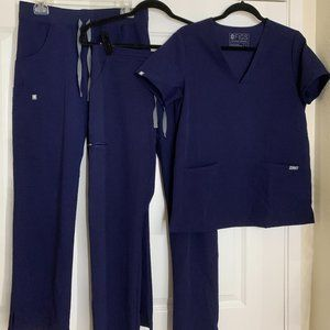 Navy blue Figs scrubs - set + bonus pants